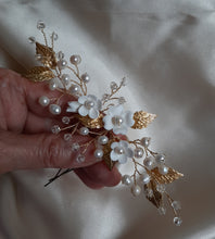 Load image into Gallery viewer, White flowers, freshwater pearls, crystal clear beads and gold or silver leaves hair pins x3