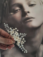 Load image into Gallery viewer, White flowers, crystal clear beads, and freshwater pearls set of three hair pins