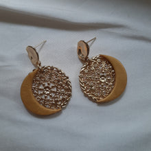 Load image into Gallery viewer, Luna - gold-tone moons stud drop earrings