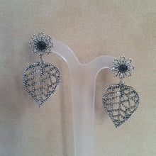 Load image into Gallery viewer, Silver leaf and flower stud drop earrings