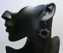 Load image into Gallery viewer, Pearls cultured freshwater beaded hoop silver-tone earrings