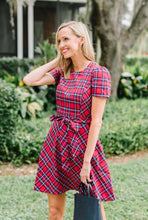 Load image into Gallery viewer, Short Sleeve Bow Waist Love Circle Dress By Draper James