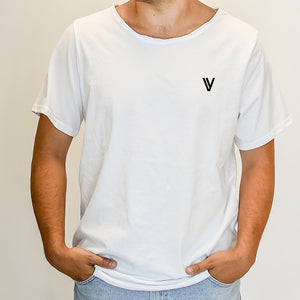 "NEW! SIGNATURE ""V"" White"