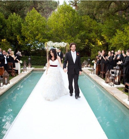 How to Host a Poolside Wedding at Home