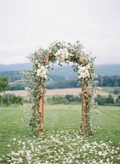 How to Host an Outdoor Micro Wedding