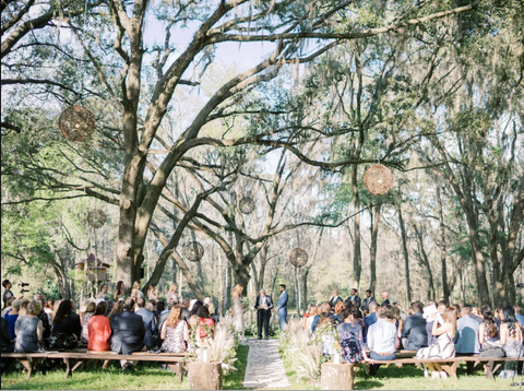 How to Host an Outdoor Wedding at Home