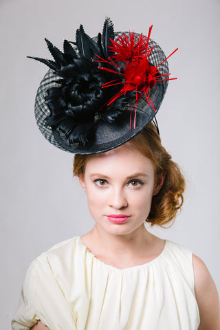 Black Mesh Derby Saucer with Feather Flowers by Genevieve Rose Atelier