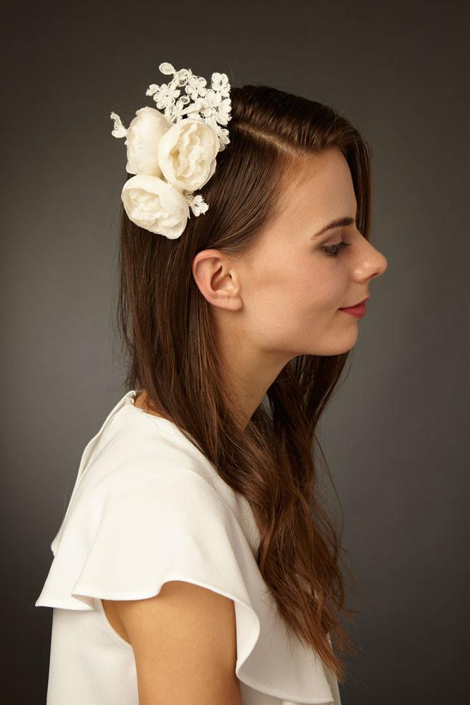 Bridal Hair Comb with Silk Flowers and French Lace by Genevieve Rose Atelier