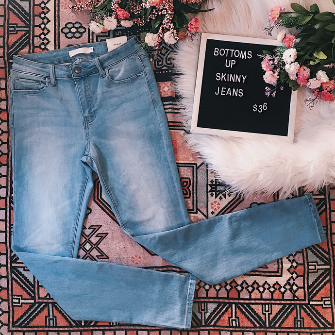 Mid Rise BOTTOMS UP Ankle Skinny Jean