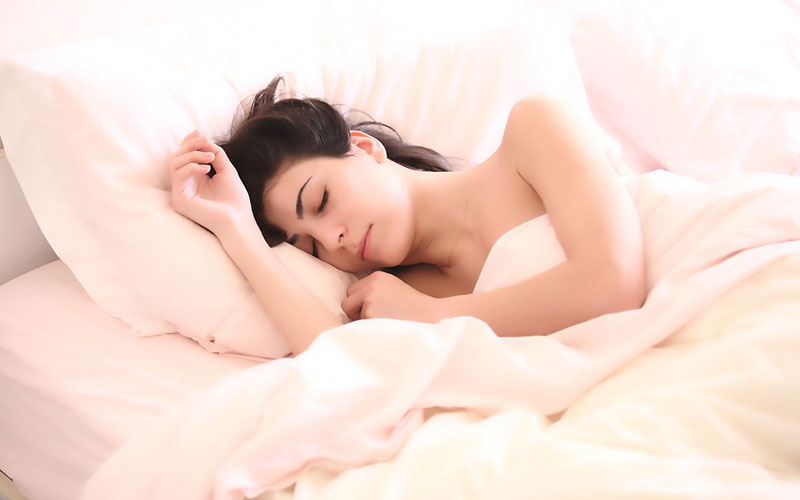 7 Highly Effective Bedtime Habits to Improve Your Health