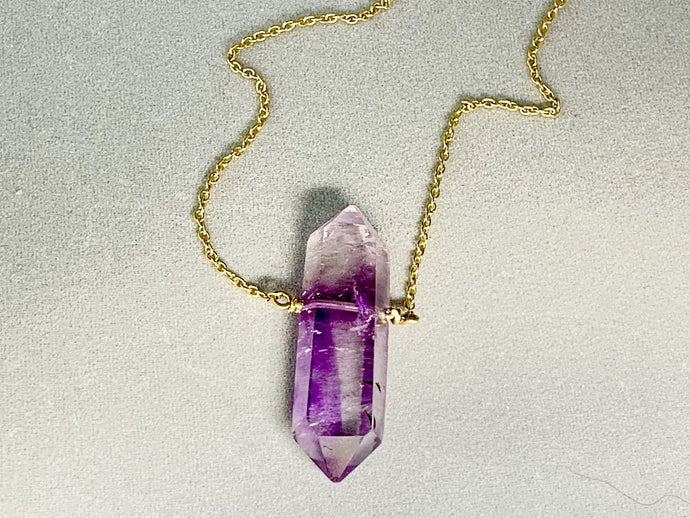 AMETHYST DOUBLE TERMINATED PENDANT - GOLD