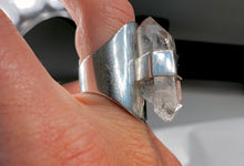 Load image into Gallery viewer, HANDMADE DOUBLE TERMINATED QUARTZ RING.