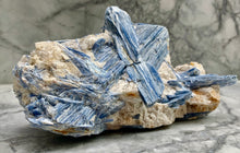 Load image into Gallery viewer, EXTRAORDINARY BLUE KYANITE PIECE - BRAZIL.