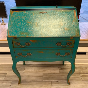 Fabulous Furniture Finishes Class - February 3-4th, 9am to 5pm
