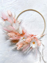Load image into Gallery viewer, Peachy Wreath - 10cm