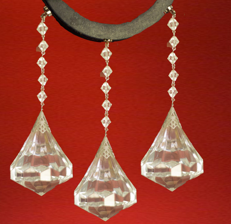 "ACRYLIC DIAMOND Magnetic Chandelier Crystal TrimKit® (Box of 3) Chandelier Crystals | Magnetic Crystals | Lamp Crystals MagTrim Clear SIZE: 3.5"" (H) x 2.5"" (W) TL: 6.5""  (7769780176)"