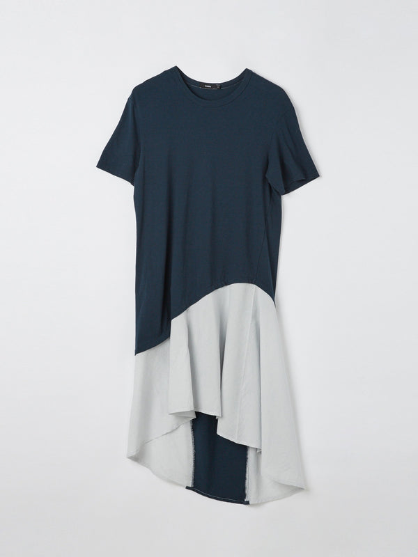 asymmetric contrast stripe dress