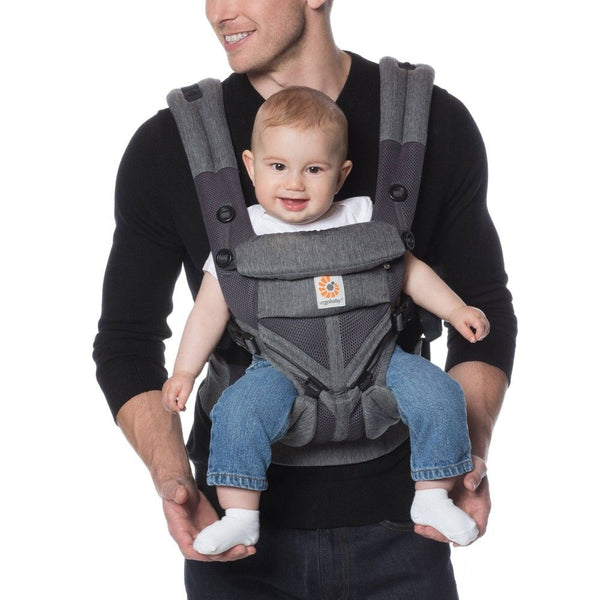Ergobaby Omni 360 Cool Air Mesh In forward facing position