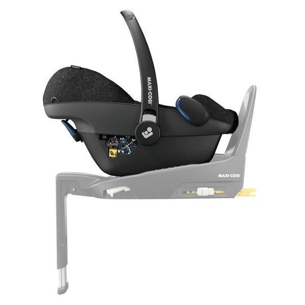 Maxi Cosi Pebble Pro Baby Car Seat on 3 WayFix base