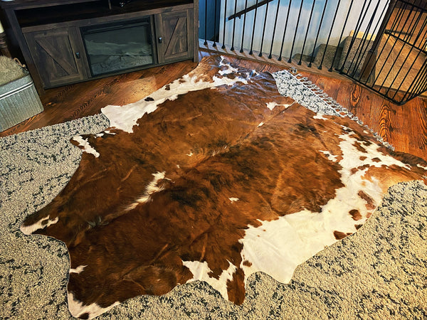 Red/brown tone XL cowhide