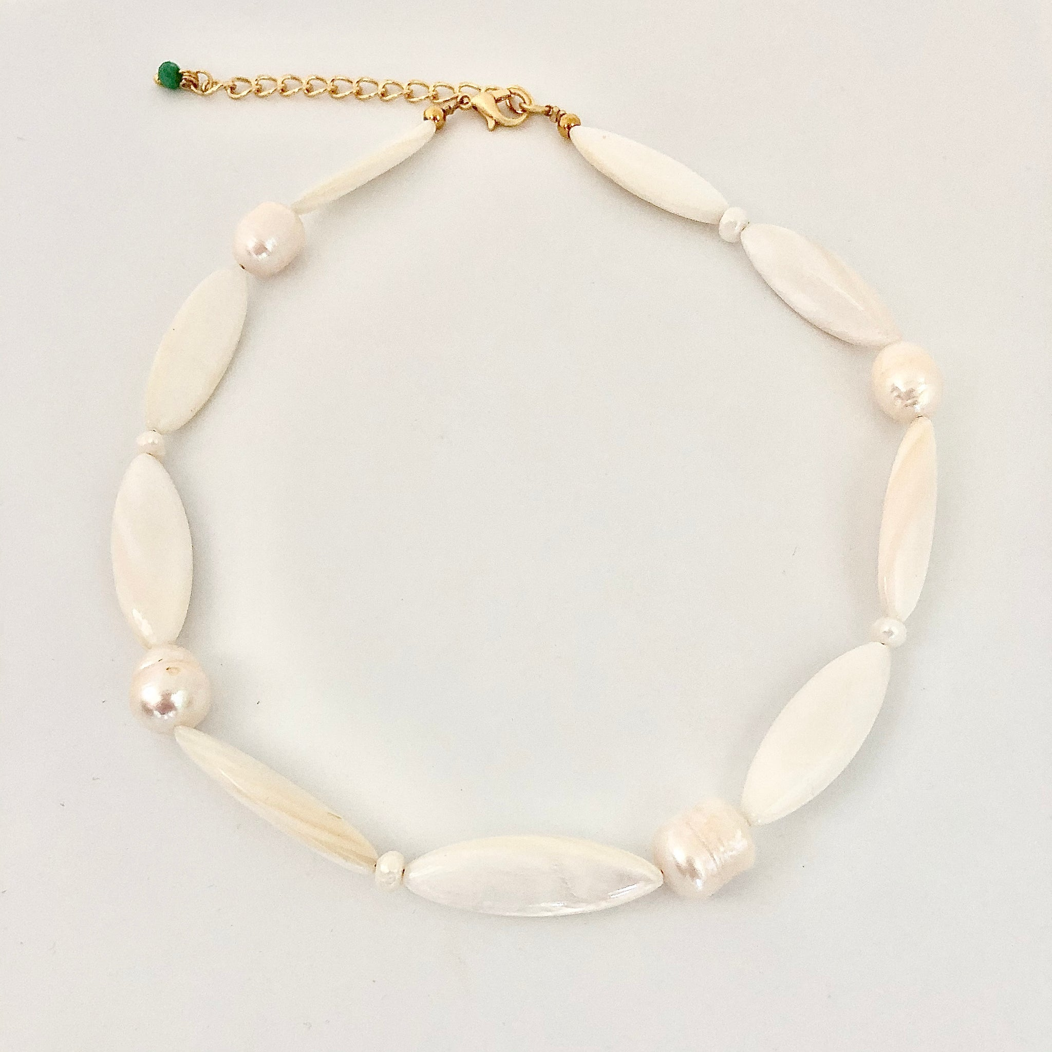SHELLY CHOKER WITH PEARLS - lublu.co