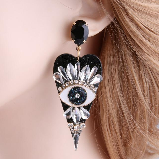 Eye for an eye Resin Heart shaped Earring SUZYWAN DELUXE black