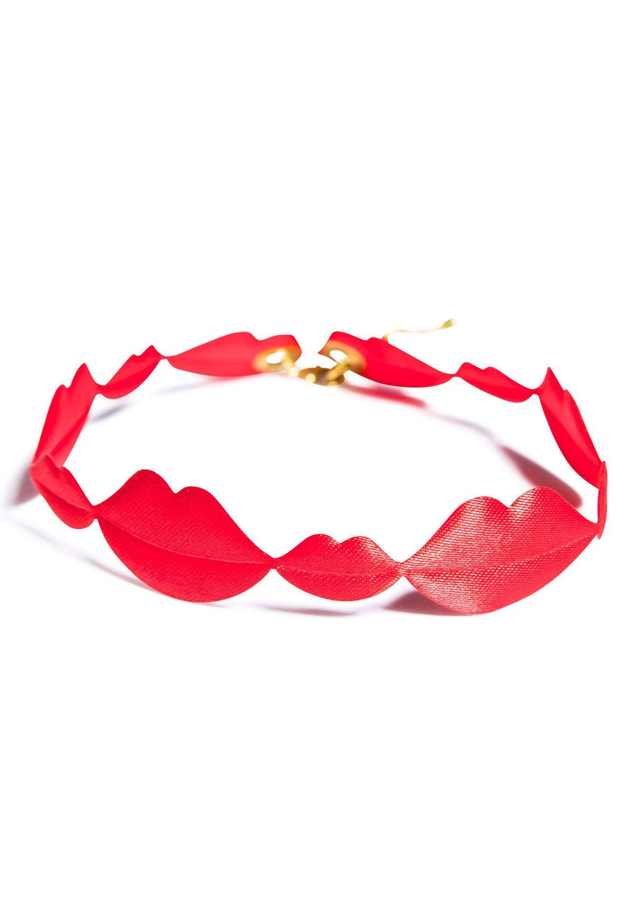 SEALED WITH A KISS CHOKER SUZYWAN DELUXE