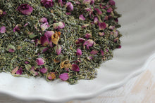 Load image into Gallery viewer, LOVE BELLA Yoni Steam Goddess Herbal Blend + Raw Rose Quartz, Mini Gift Set