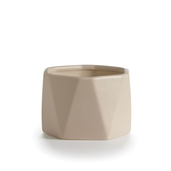 ESSENTIALS Dylan Ceramic Tonka Noir Candle
