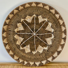 Load image into Gallery viewer, Rattan Tribal Lipped Edge Plate