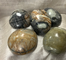 Load image into Gallery viewer, Spiderweb Jasper (Therapy Stone) 1 stone