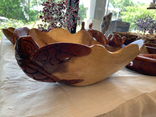 Load image into Gallery viewer, LG turtle teak bowl