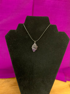 Wire wrapped arrowhead necklace