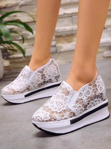 White Round Toe Lace Print Casual Fashion Low-Heeled Shoes