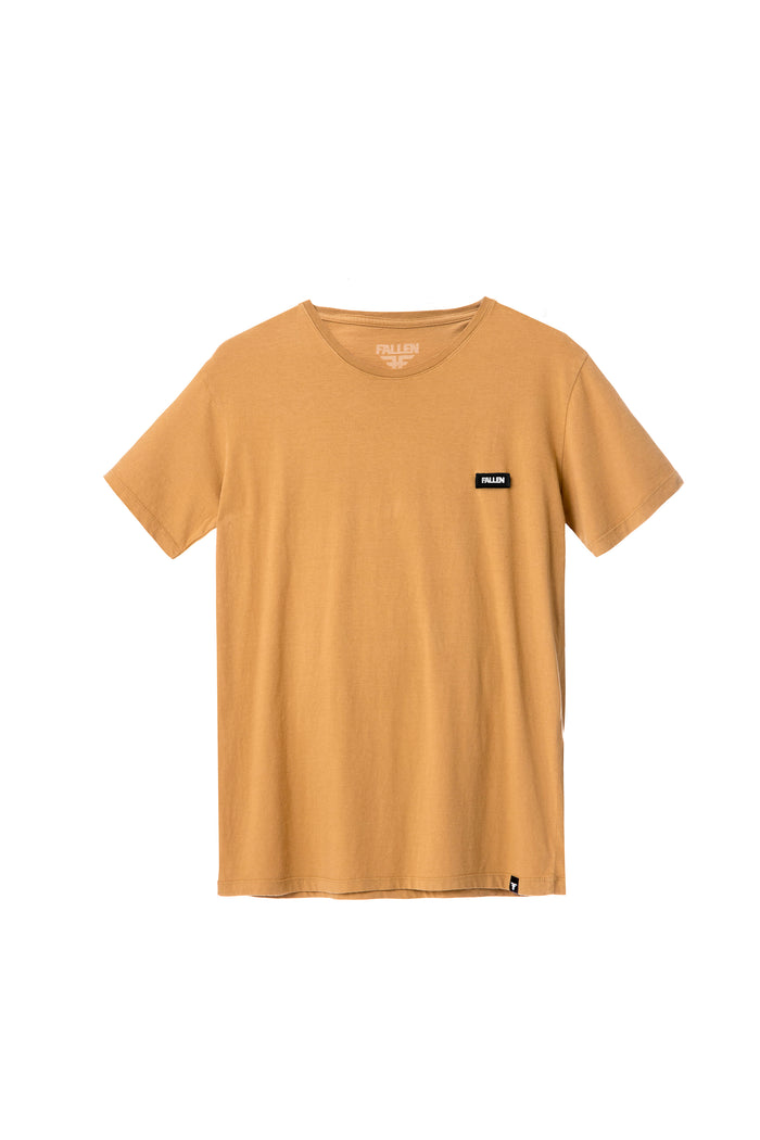LABEL TEE ALMOND BUFF