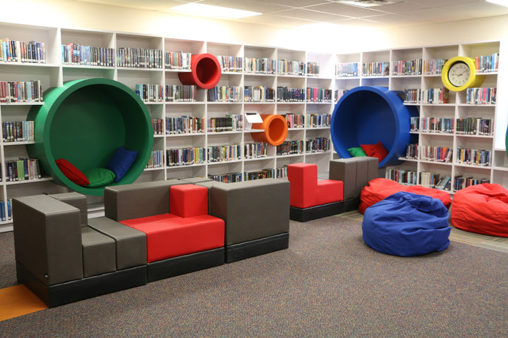 Cellular Modular Furniture by Oi installed in Fort Worth Academy Common Space