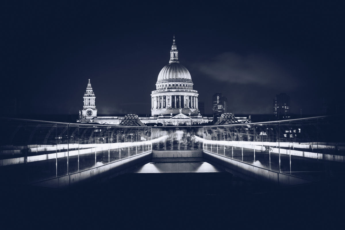 London - St Pauls - B&W