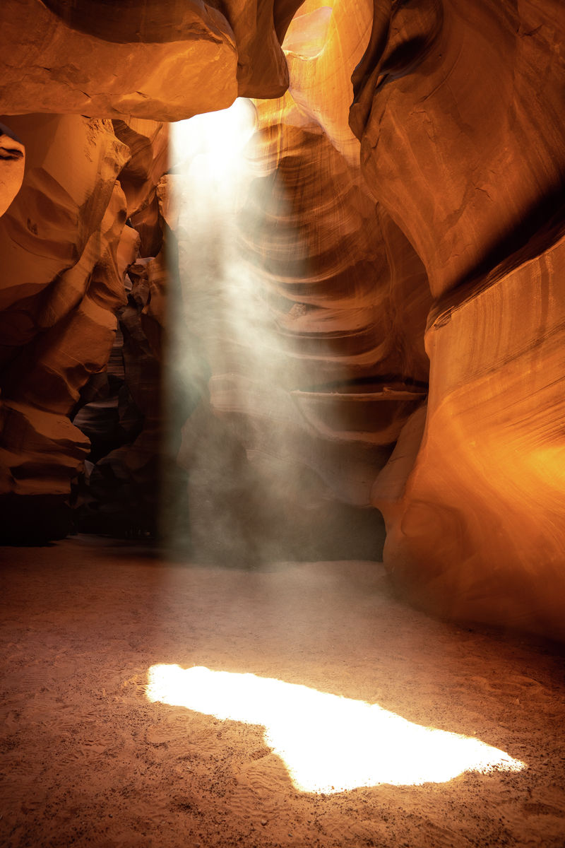 Arizona - Upper Antelope Canyon - Sun Beam 08