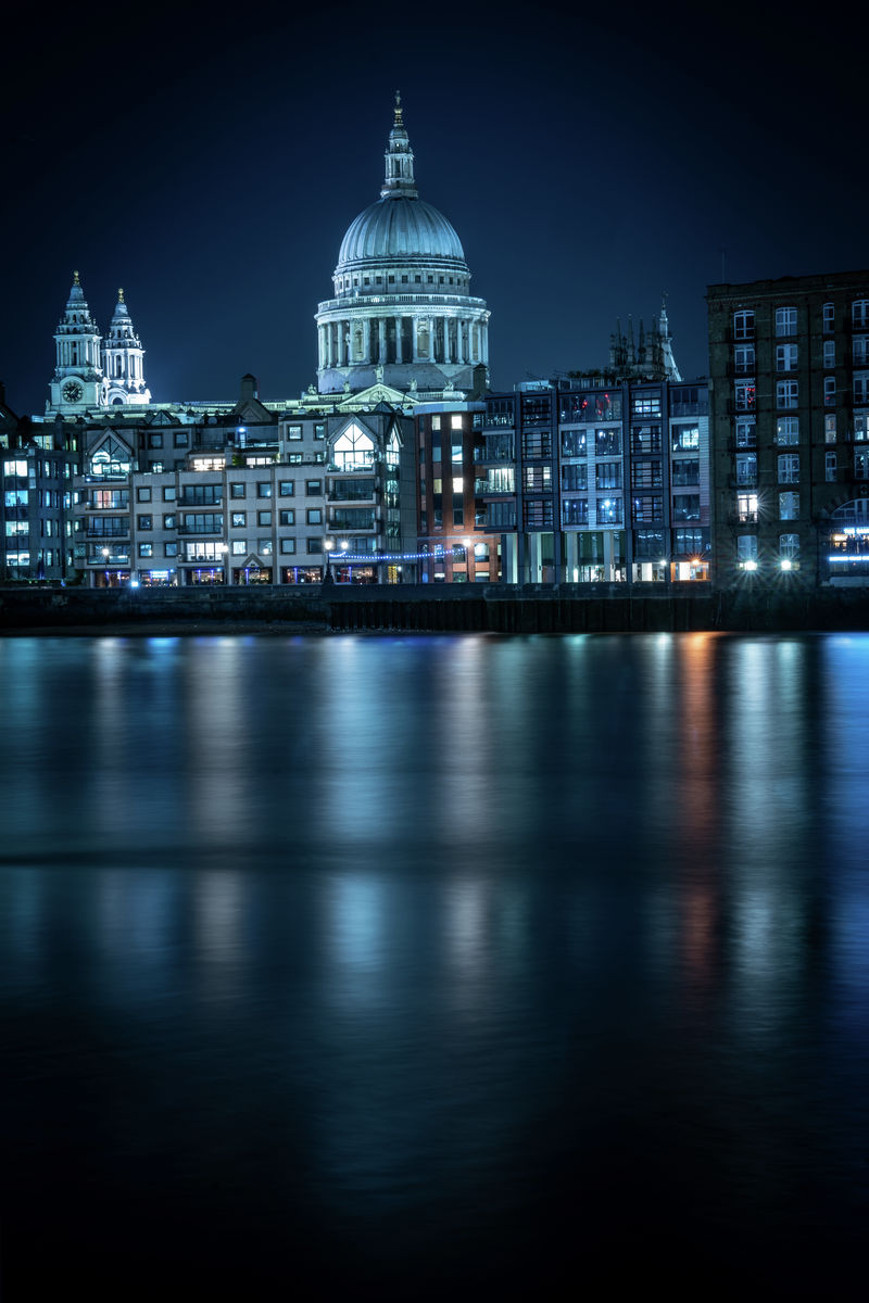 London - St Pauls - Blue Reflection