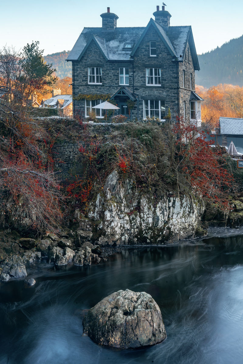 Snowdonia - Autumnal House - Portrait