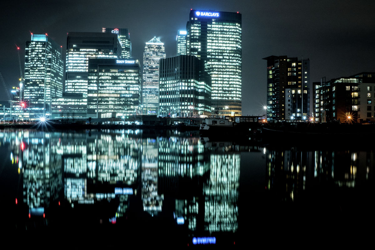 London - Canary Wharf - Reflection 01
