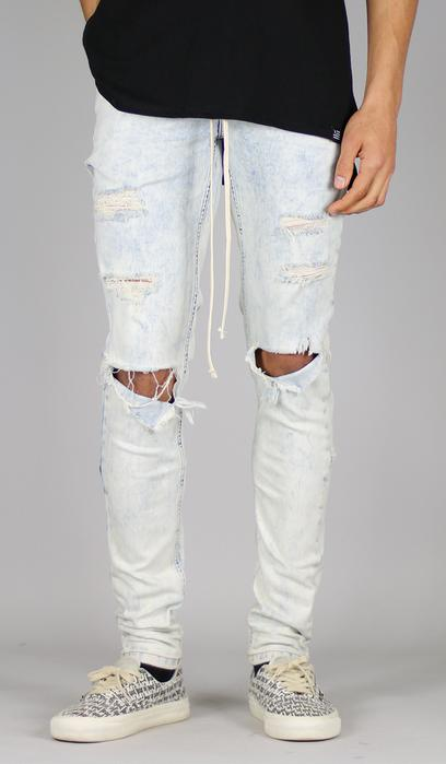 WASHED BLUE DISTRESSED DENIM JEANS