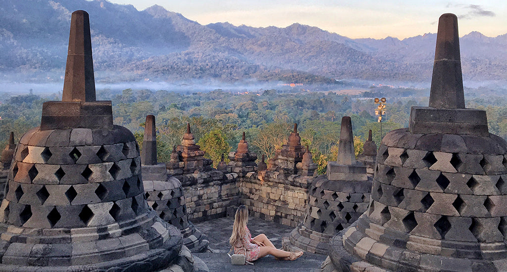 10 Travel Tips Frequent Travellers Swear By; mischa blog monogram crossbody indonesia yogyakarta temple borobudur
