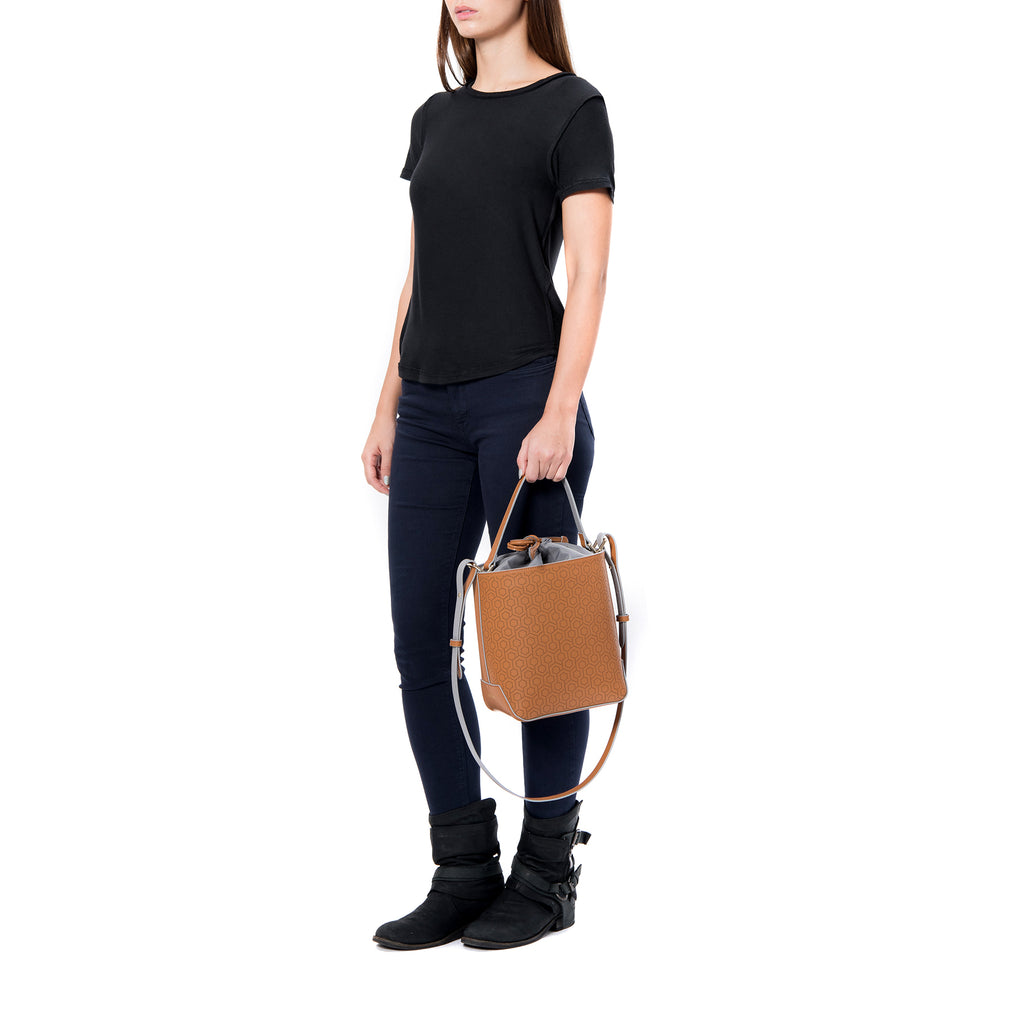 MISCHA Leather Bucket Bag - Oak (model shot)