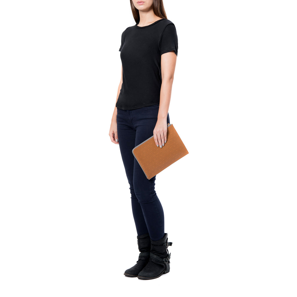 MISCHA Leather Folio Pouch - Oak (model shot)