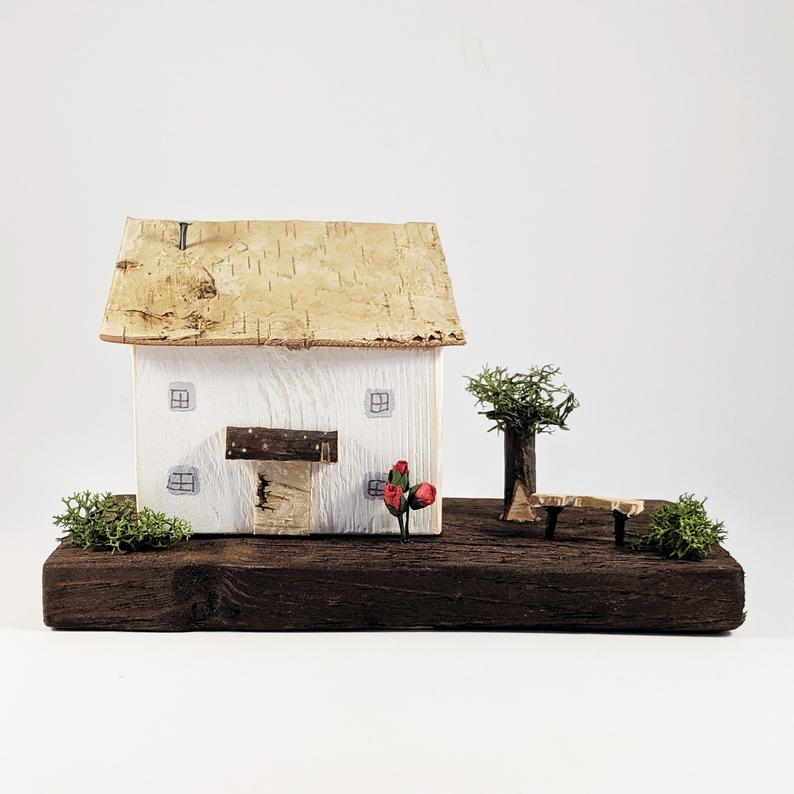 Cottage and Country Garden Diorama
