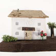 Load image into Gallery viewer, Cottage and Country Garden Diorama