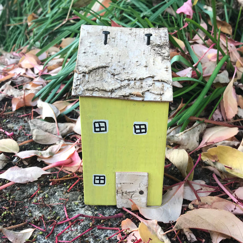 Lawn Ornament Wooden House Outdoor Decorations