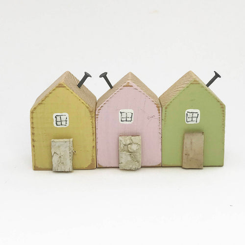 Tiny Reclaimed Wood Houses