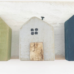 Pallet Wood Key Holder with Miniature Houses